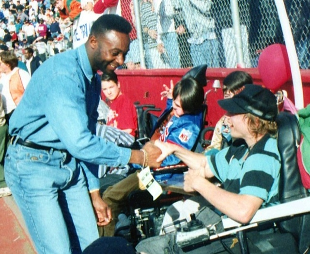 Tom meets Jerry Rice of the SF 49ers